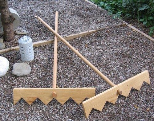 Incroyable Handmade Oak Zen Master/Student Gravel Rake